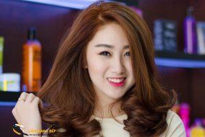 Mặt V line nữ để tóc gì? | Hơn 11+ mẫu tóc [TREND 2020] 7
