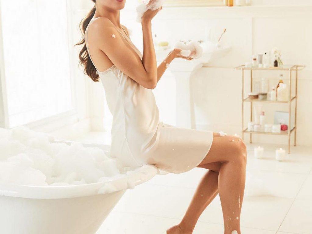 Top #15 sữa tắm thơm lâu [GIÁ BÌNH DÂN+ THƠM LÂU NHẤT] 57